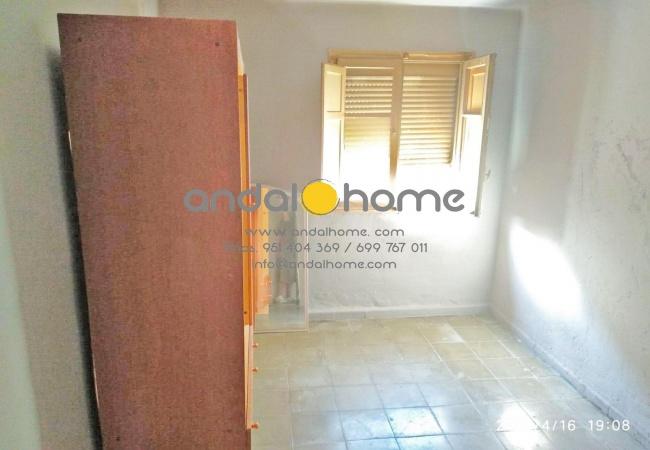 11 Golondrinas, Málaga, 2 Rooms Rooms,1 BathroomBathrooms,Piso,Se Vende,Golondrinas,1024